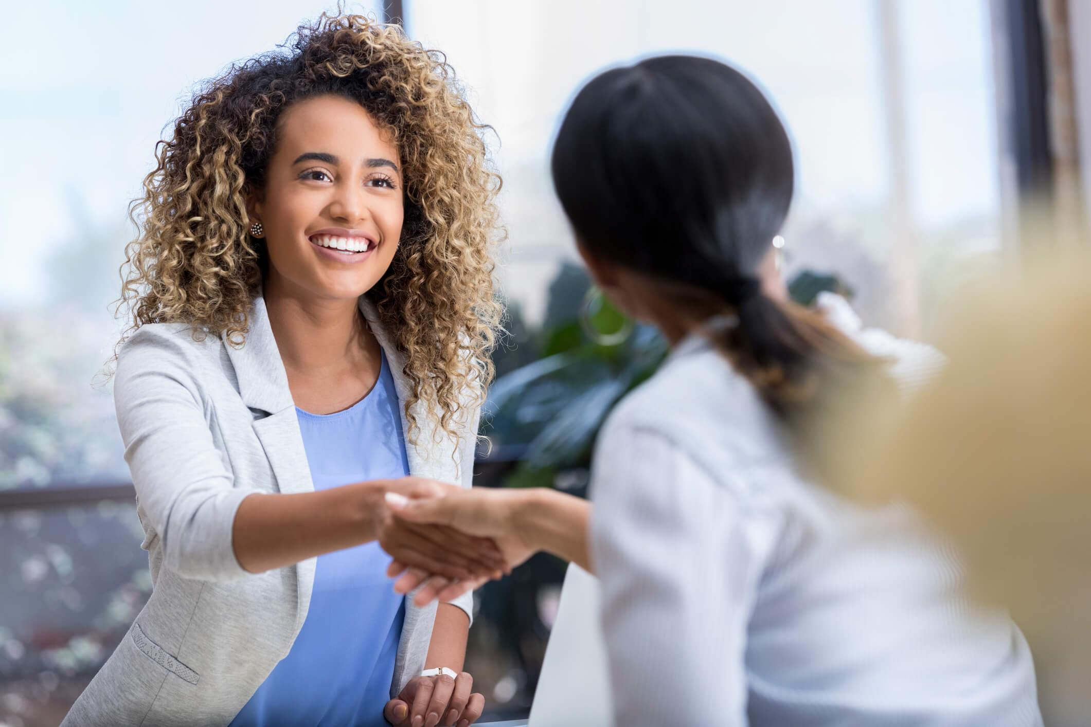 Venda consignada:saiba o que é e como utilizar no seu negócio